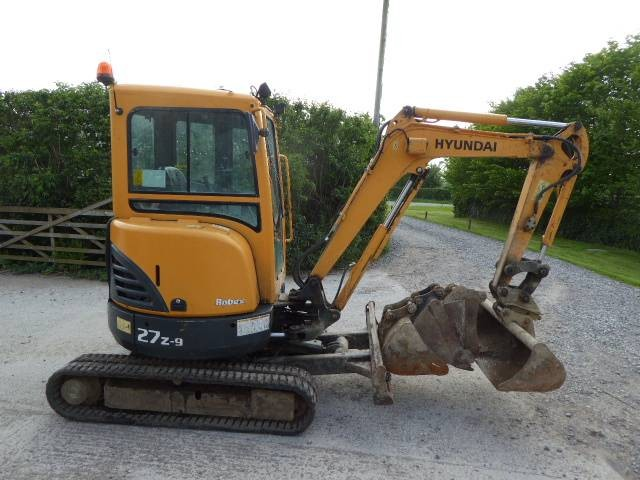 Plant Hire in Kent | G & J Steele Plant